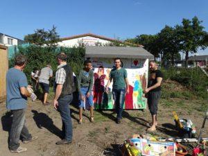 Dank der Unterstützung ortsansässiger Unternehmen und der WOLV-AG Kleine Gärten können Flüchtlinge ein Stück Land selbst bestellen.
